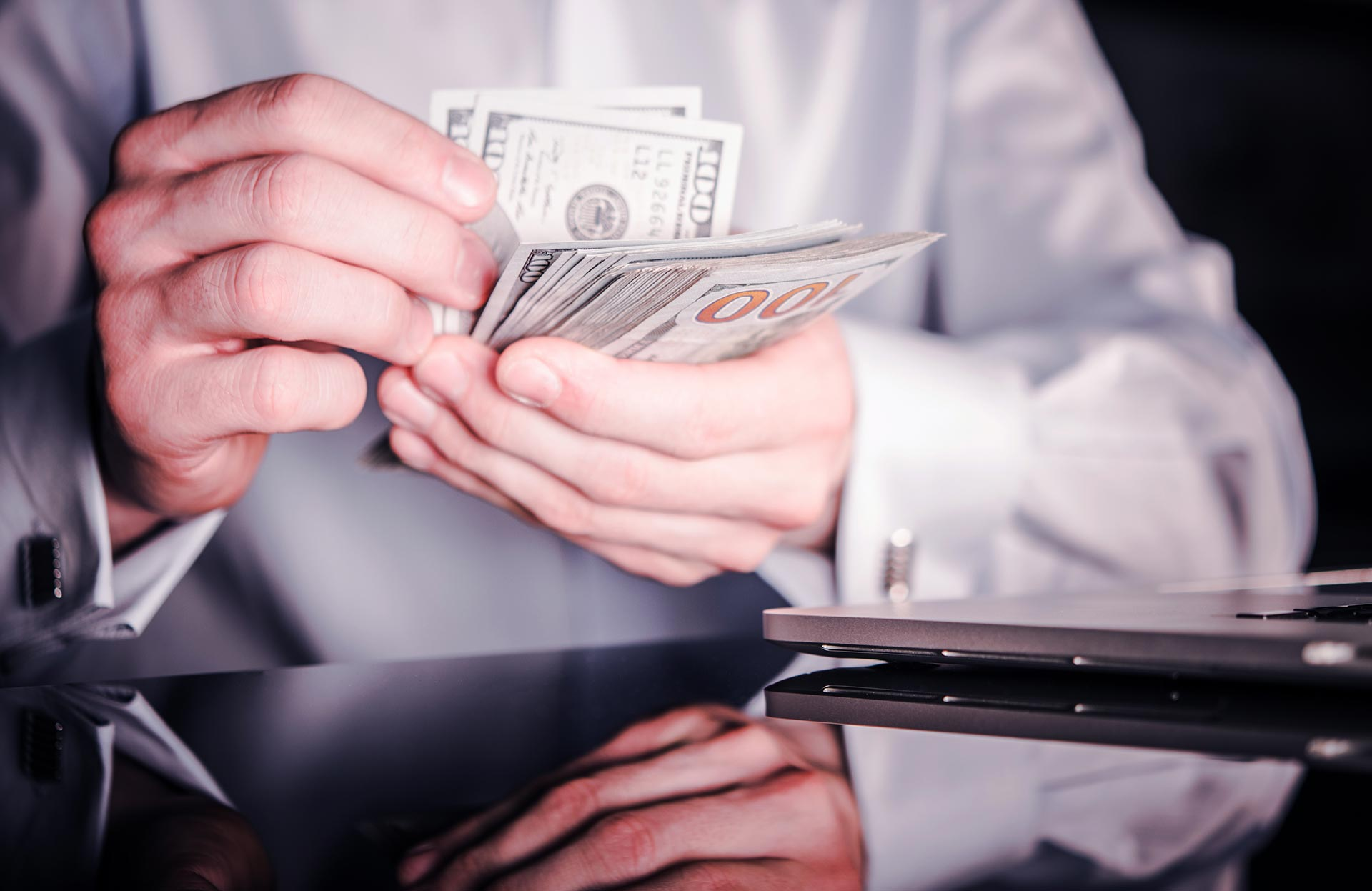 Factors Courts Consider When Awarding Virginia Alimony (Spousal Support)