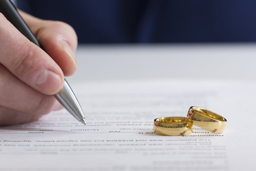 How Can I Control the Costs of a Divorce?Four Tips to Reduce Costs