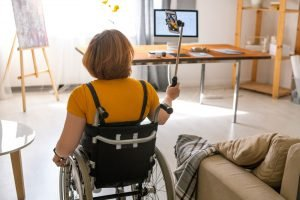 young woman with spinal cord injury
